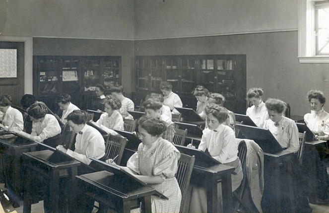interior_design_students_uwmadison_1910s